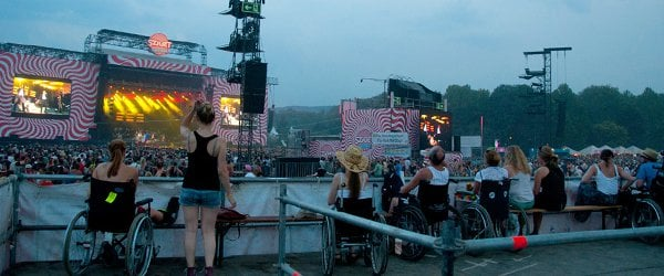 Mit dem Rollstuhl aufs Festival