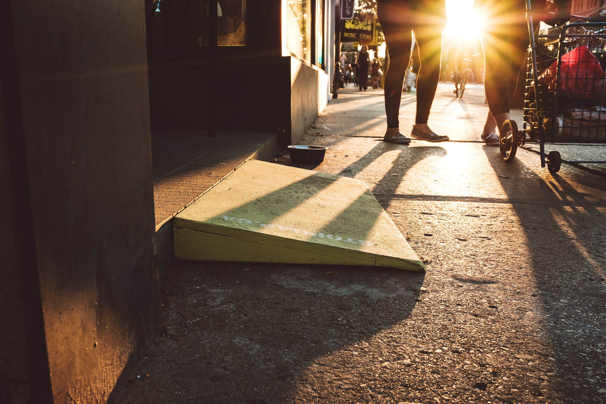 ...that builds and distributes mobile ramps in Toronto.